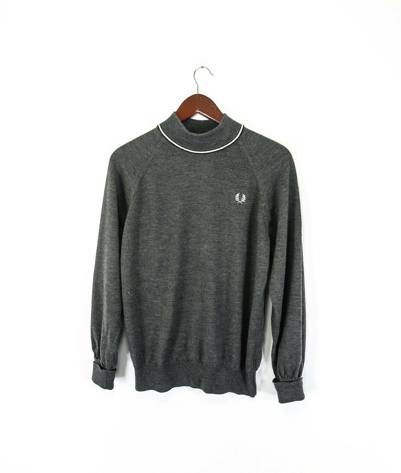Fred Perry 100% Merino wool Men's Jumper Sweater Size 42''     106 cm
