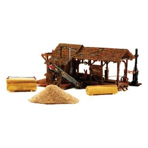 NEW-Woodland-Scenics-HO-Scale-Buzz-039-s-Sawmill-PF5195