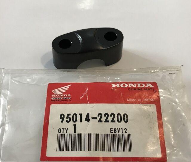 Abrazadera Manillar - Holder B2, Handlebar - Honda NOS : 95014-22200