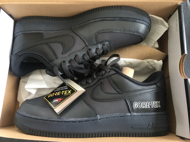 Sneakers, Nike  Air Force  1 ( Gore-Tex), str. 42,5,…