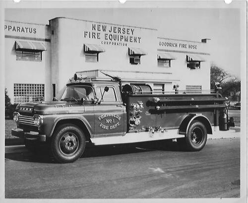 Fortescue Fire Dept pumper truck Fortescue, NJ Orig 8 x10 BW Photo B177