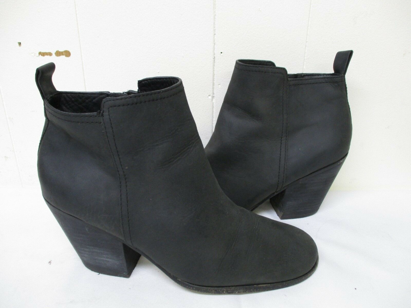 COLE HAAN  GRAND.OS Black Nubuck Leather Zip High Heel Ankle Boots Size 8.5 B