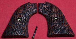 Heritage-Arms-Rough-Rider-Wood-Grips-22-lr-22-mag-Snake-Skin