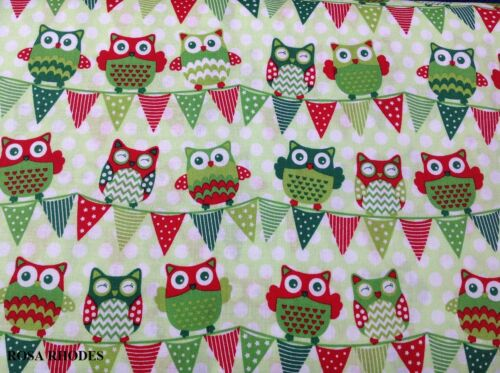 CHRISTMAS HAPPY OWL BUNTING ALL GREEN  36730-111 NUTEX PATCHWORK FABRIC
