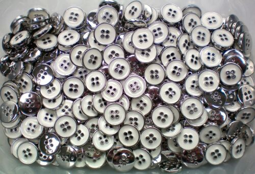 CB60 Small 18mm 28L Ivory White /& Silver 4 Hole Polished Buttons Button Craft