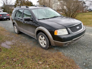 2007 Ford FreeStyle / Taurus X SEL