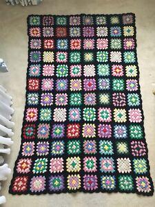 Vintage-1950s-Black-Square-Afghan-GRANNY-Handmade-Crochet-Throw-Blanket-38-034-x58-034