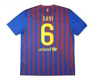 Barcelona 2011-12 ORIGINALE HOME SHIRT Xavi #6 (eccellente) XL soccer jersey