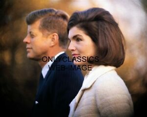 1963-PRESIDENT-JOHN-F-KENNEDY-amp-BEAUTIFUL-FIRST-LADY-JACKIE-8X10-PHOTO-CAMELOT