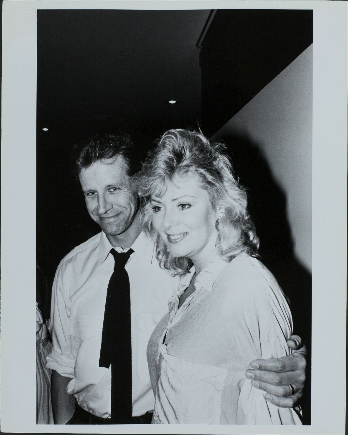 Richard Gilliland Actor Jean Smart Actress Original Photo Hollywood Candid Ebay See what richard gilliland (richdib) has discovered on pinterest, the world's biggest collection of ideas. richard gilliland actor jean smart