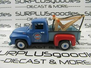 Greenlight-1-64-LOOSE-Collectible-GULF-Mel-039-s-1956-FORD-F-100-Tow-Truck-Wrecker