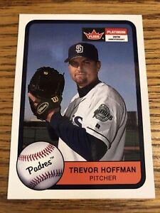 Trevor Hoffman 2001 Fleer Platinum Padres Card #184  *3471*