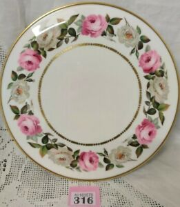 Royal-Worcester-Royal-Garden-11-Gateau-Plate-1969-Pink-amp-White-Roses-VGC