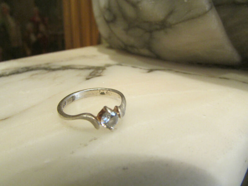 Antique Fancy Ring Silver 925 Stamped Solitary
