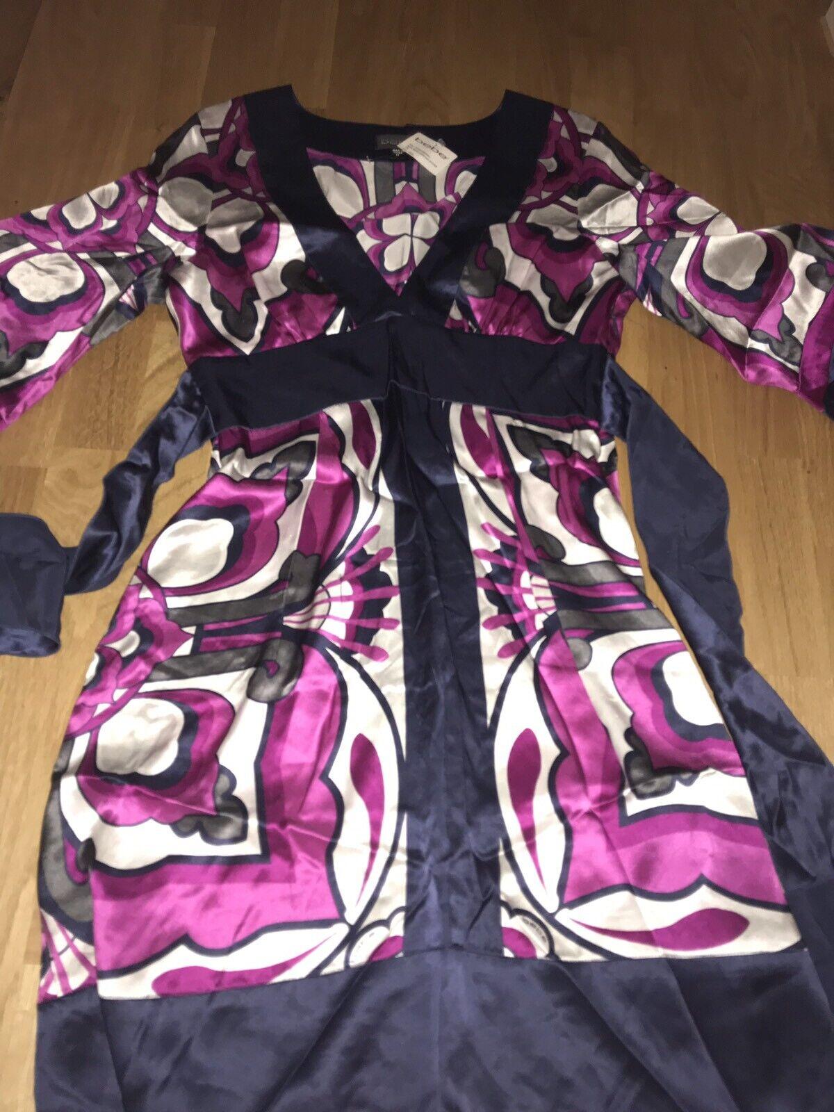 Bebe 100% Seide Kimono Kleid Gr. M dress Neu