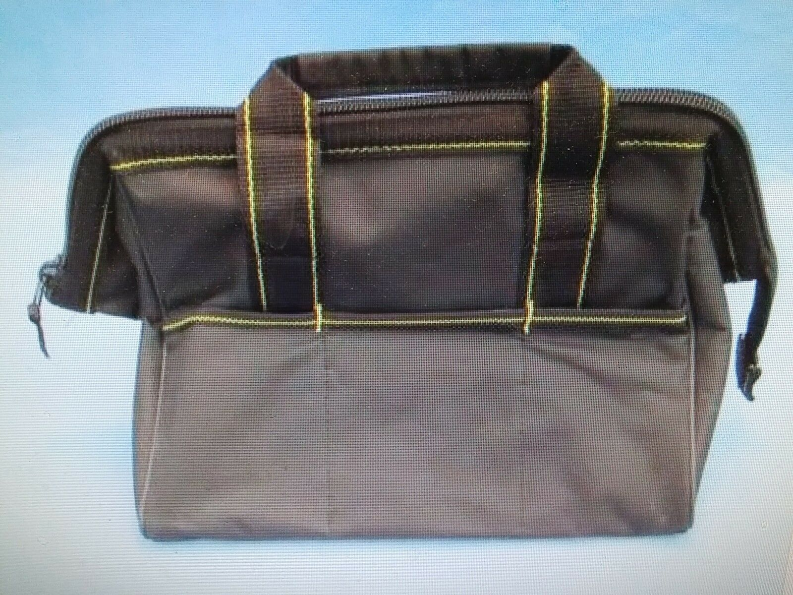 Harbor Freight Tools Canvas Riggers Bag 1 by Voyager