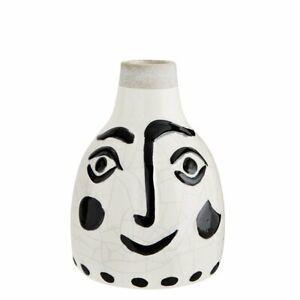 MADAM-STOLTZ-Vase-mit-Gesicht-in-Weiss-mit-schwarzer-Bemalung-14x21-cm