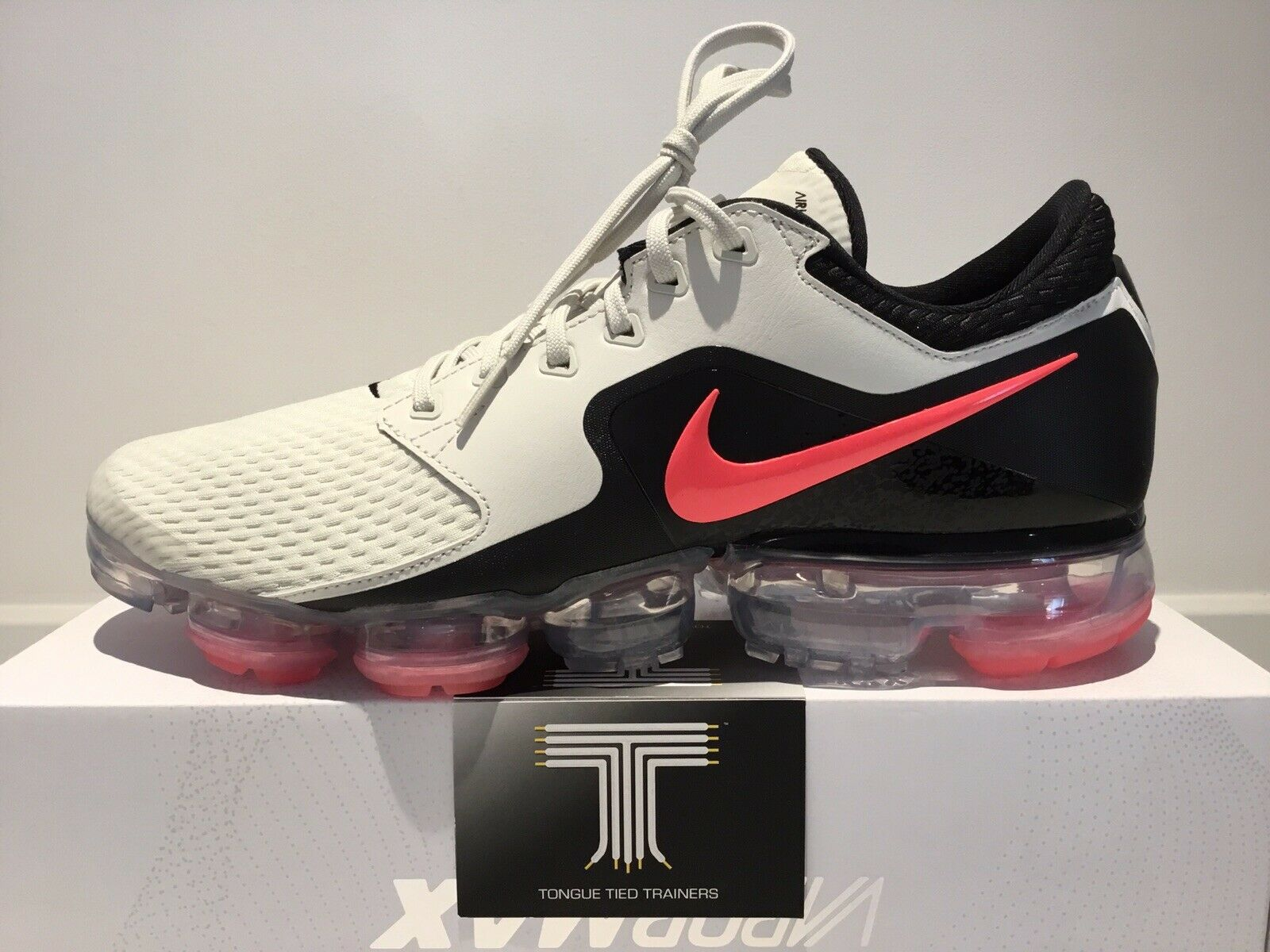 Nike Air Vapormax  AH9046 001  Uk Größe 9