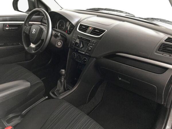 Suzuki Swift 1,2 Dualjet Comfort billede 8