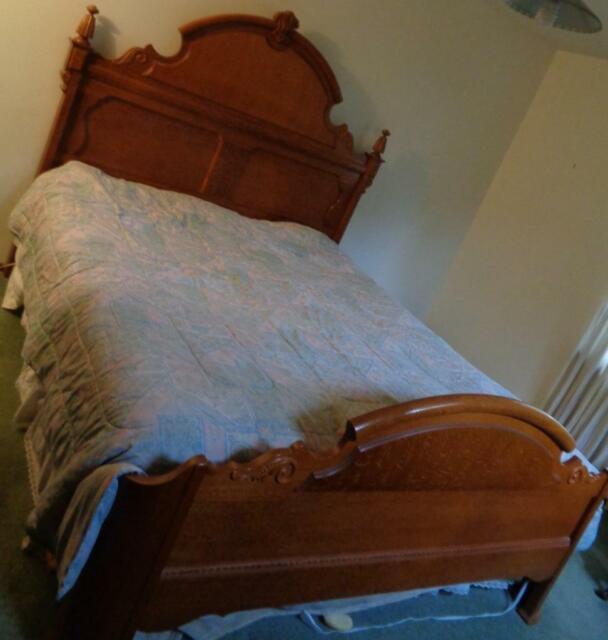 Mansion Queen Bed Frame