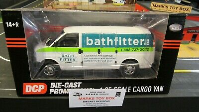HWY 61 DCP RED CHEVROLET CHEVY EXPRESS CARGO DELIVERY VAN TRUCK 1:25 1:24 //CL