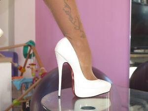 Geschlossene Schwarze High Heels, Größe 41