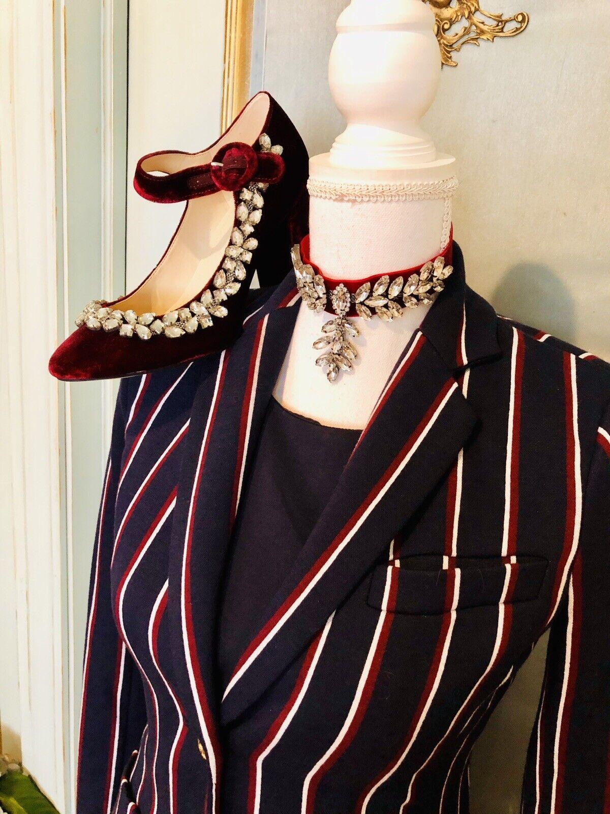NIB Marc Fisher Burgundy Velvet Embellished Heels Größe 8,5M  And Choker