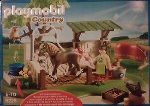 Playmobil Country 5225 - L'ecurie A/ Pompe A Eau Cheval Accessoires ! Neuve