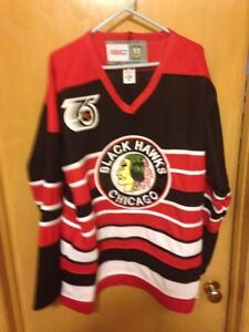 4bfb0467e Image is loading Chicago-Blackhawks-Vintage-Style-CCM-Jersey-Jeremy-Roenick-