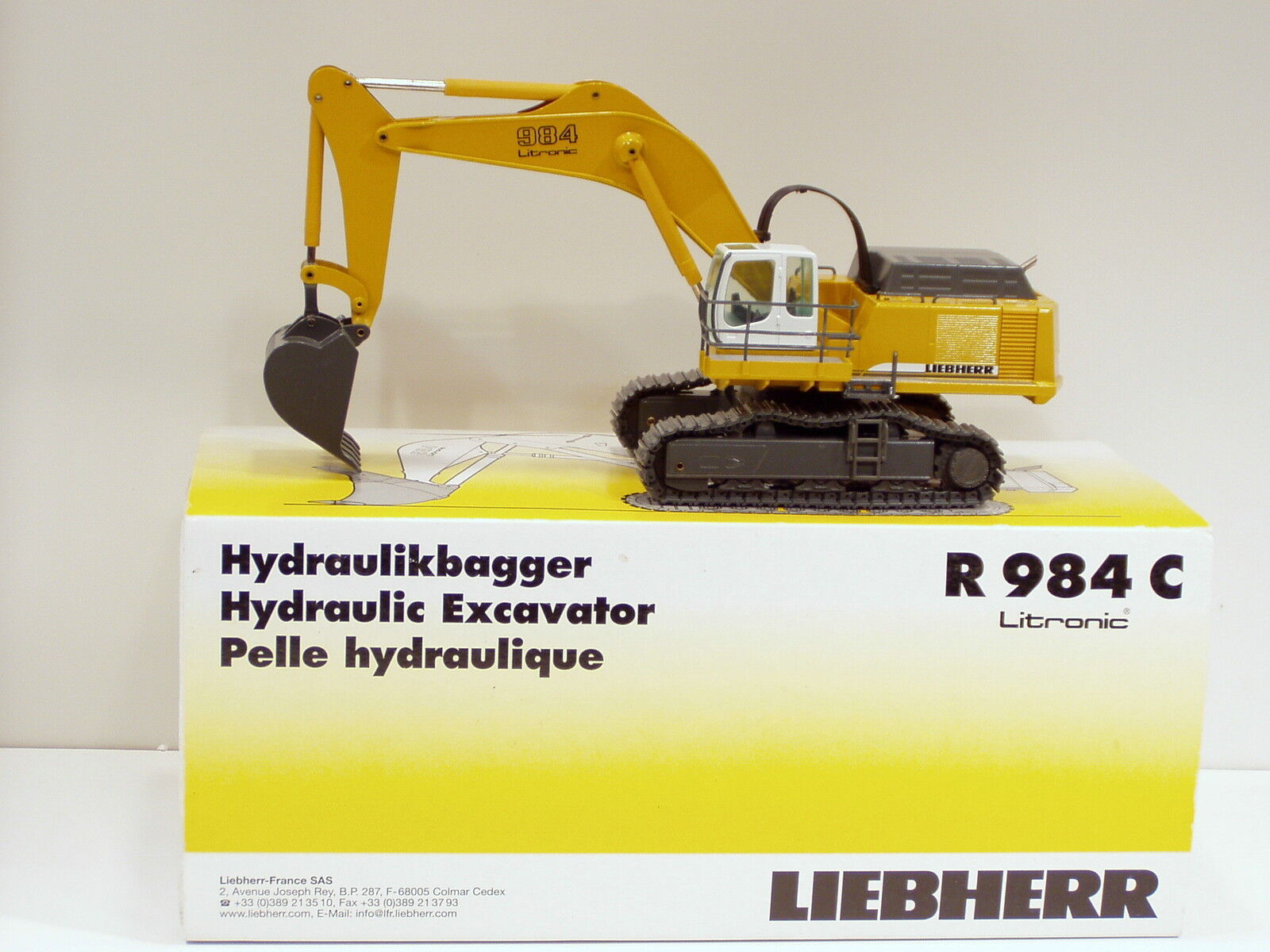 Liebherr 984 C Pelle -  Jaune  - 1 50 - Conrad  2913 - Comme neuf IN BOX
