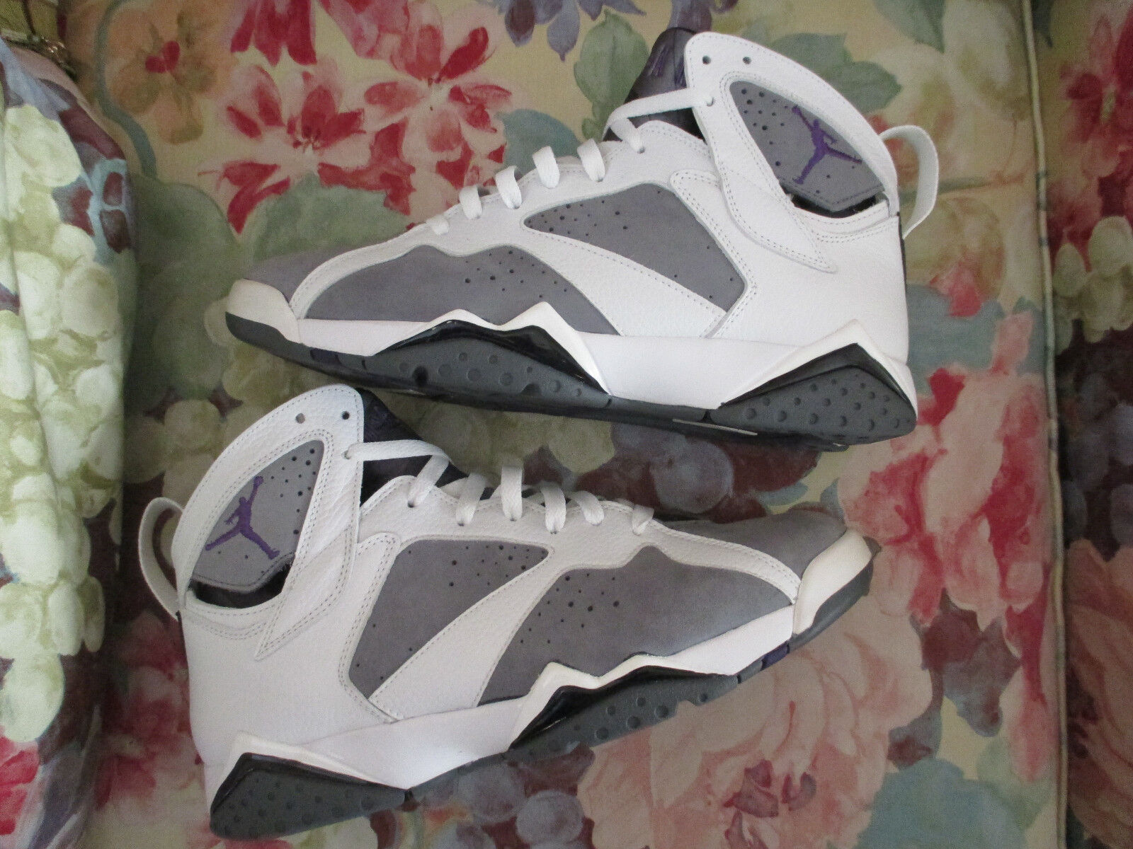 Nike Air Jordan Retro 7 7 7 VII White Varsity Purple