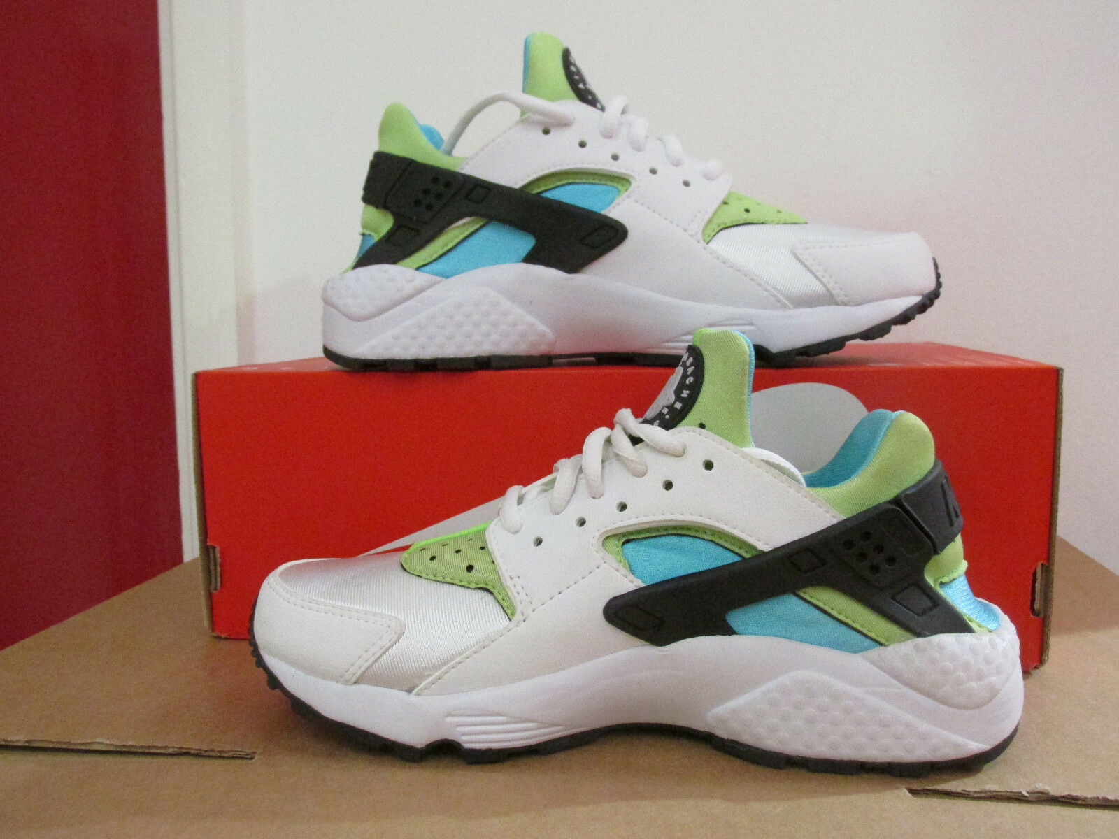 Nike Femmes Air Huarache courir Basket Course 634835 100 Baskets Enlèvement