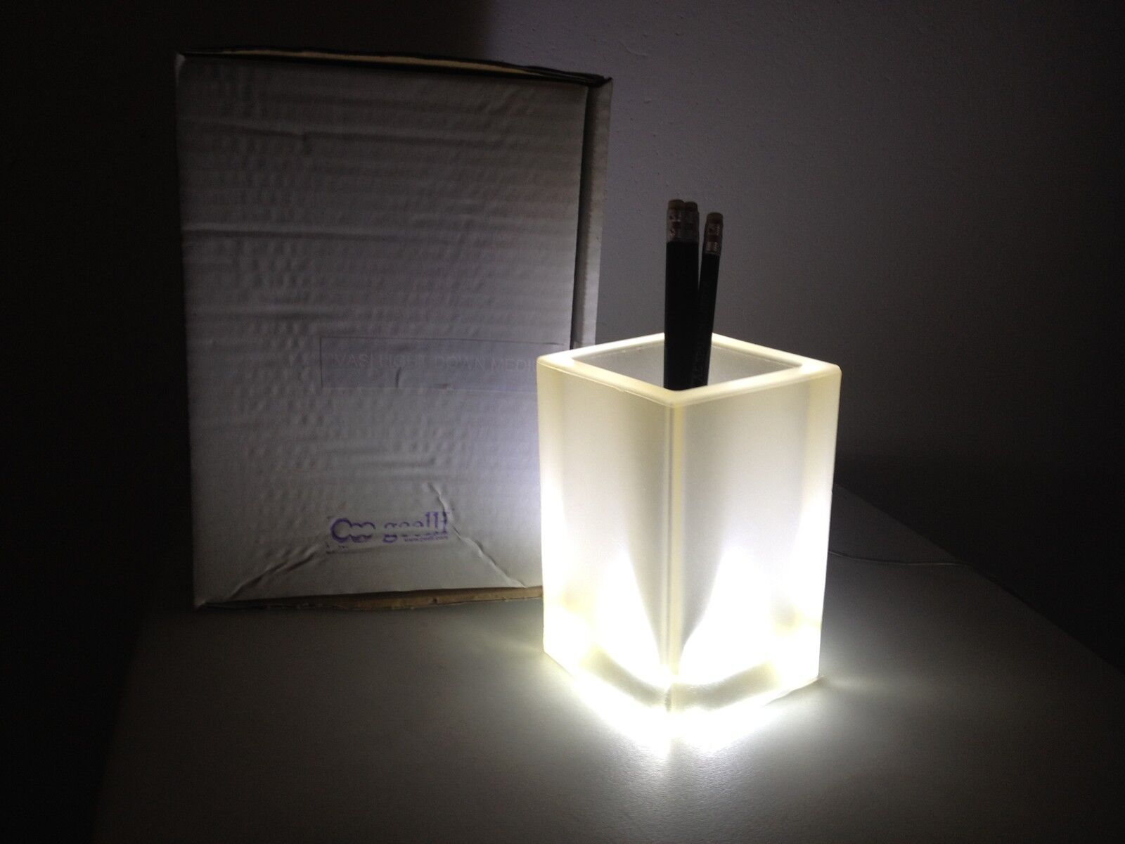 GEELLI IVASI LIGHT vaso lampada da tavolo in gel poliuretanico TRASPARENTE