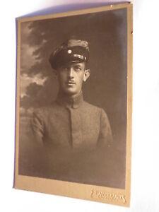 Expressif Soldat En Uniforme Avec Casquette-portrait/kab E. Wenning Lichtenfels-afficher Le Titre D'origine