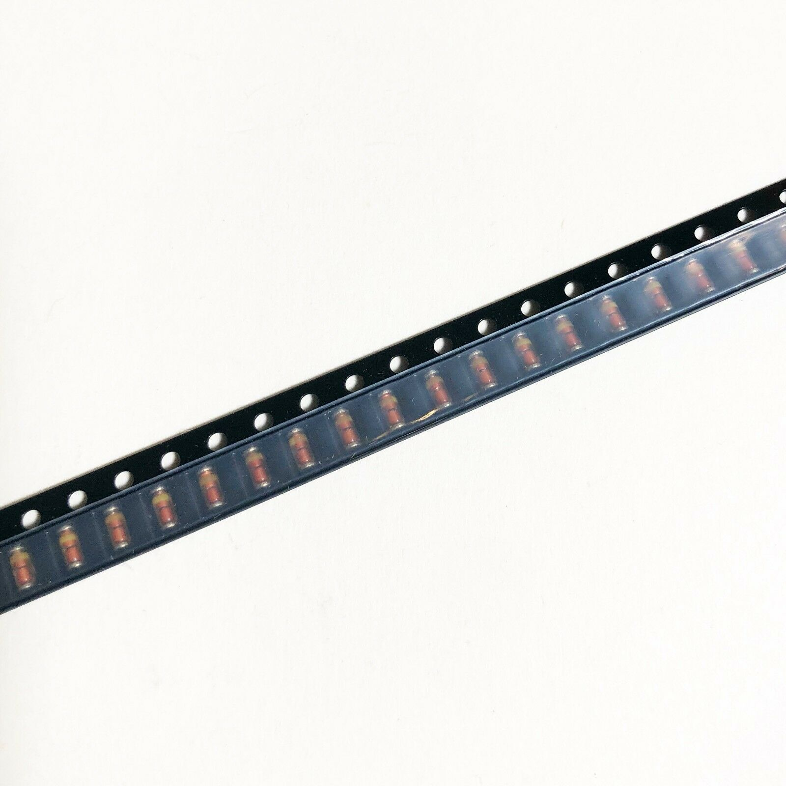 500MW NXP 12V DIODE ZENER SOD-80C-2 BZV55-B12,115