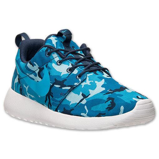 Nike roshe scappare un'impronta mimetico uomini scarpe blu navy uk - vera e propria dei formatori
