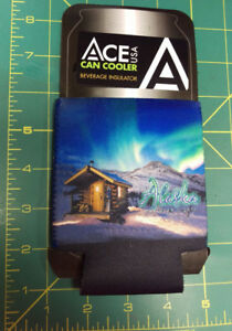 Alaska-Can-Coozie-Koozie-with-Beautiful-cabin-amp-aurora-over-mountains-scene