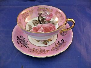 ANTIQUE 3 FOOTED TEA CUP AN SAUCER - CABBAGE ROSE PATTERN - ROYAL HALSEY