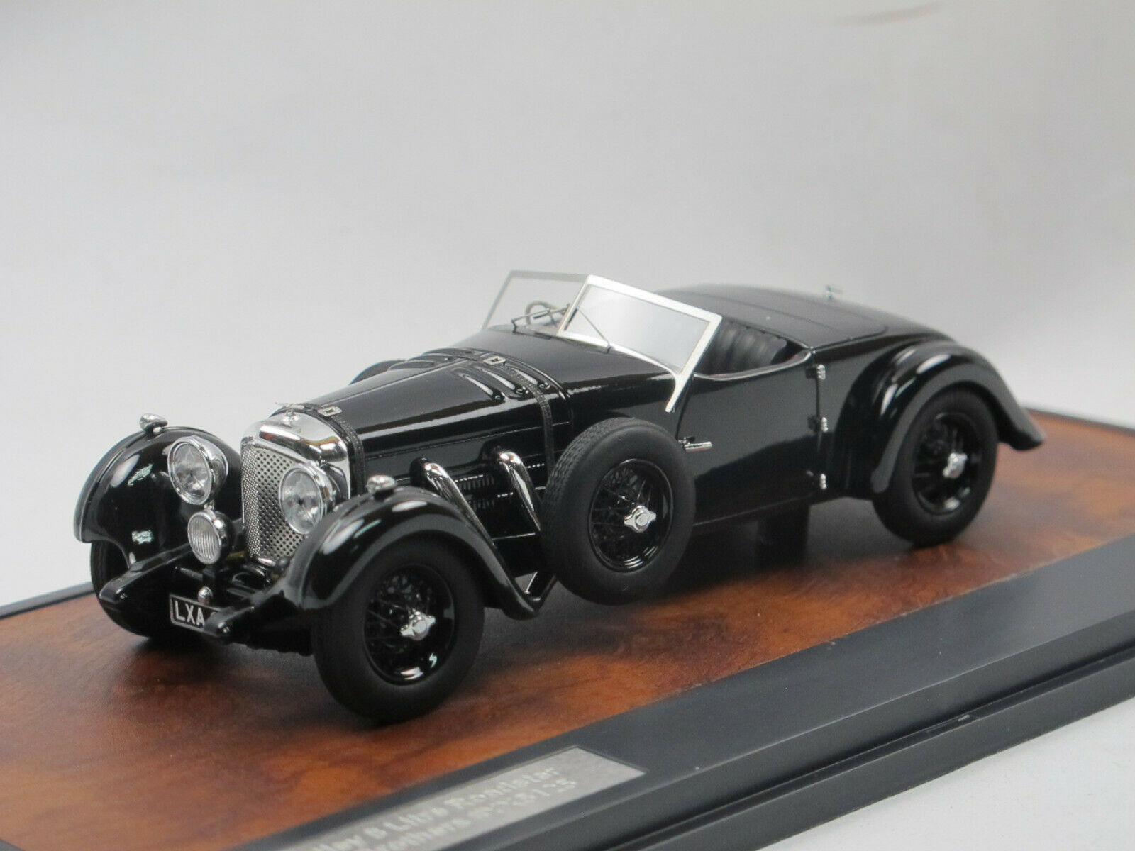 grandes precios de descuento Matrix scale models models models Bentley 1932 8 litre dottridge Brojohers roadster Open 1 43  buena reputación