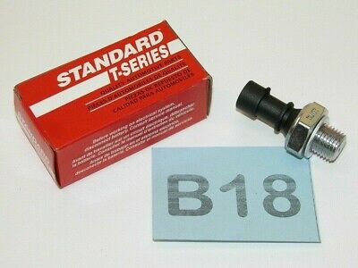 Standard Motor Products PS321T Oil Pressure Switch with Light