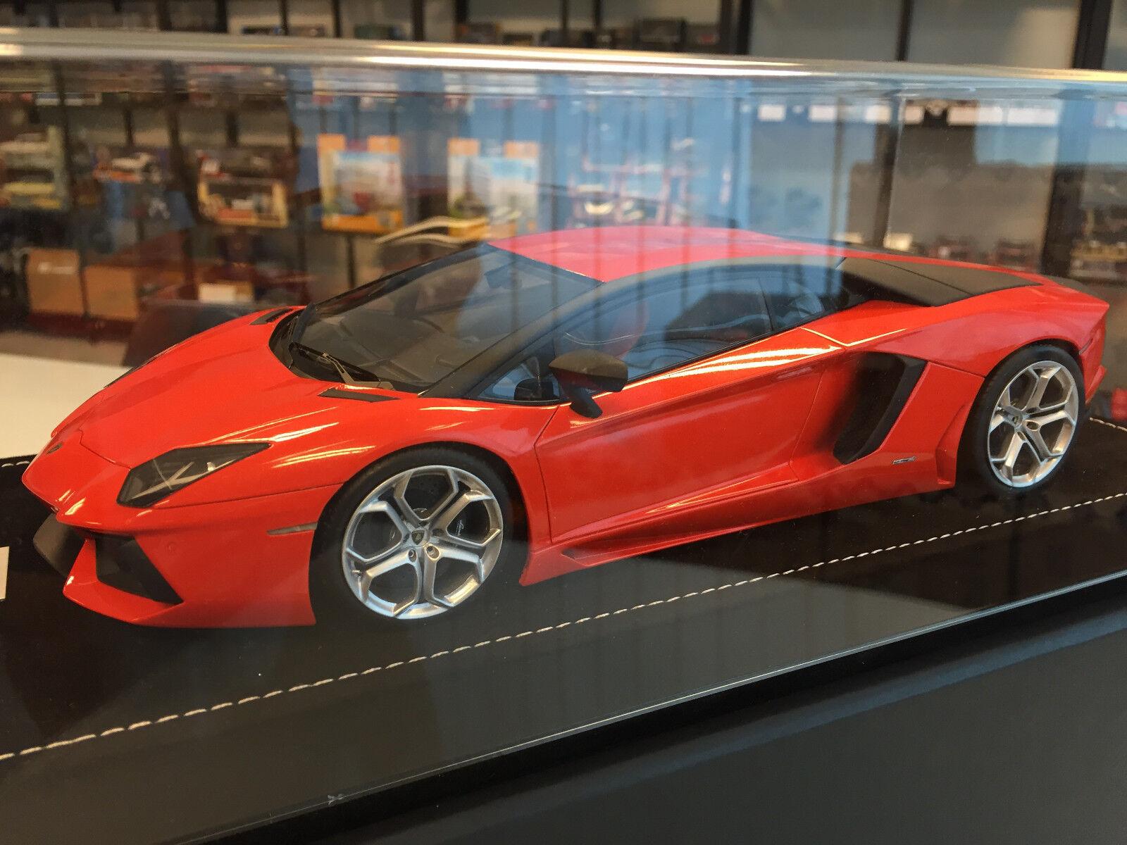 MR Collection 1 18 - Lamborghini Aventador LP700-4 orange (Dubai Version)