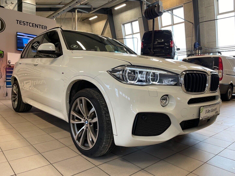 BMW X5 3,0 xDrive30d M-Sport aut. 5d - 799.321 kr.