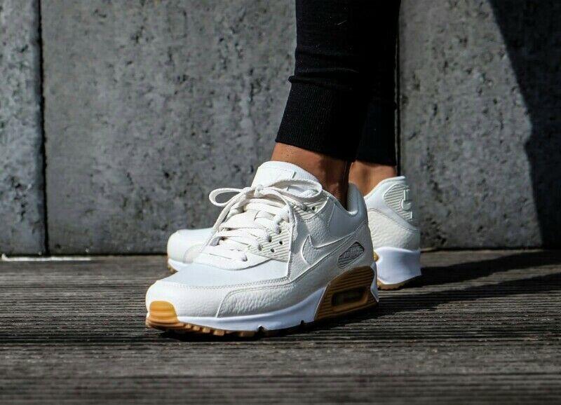 Wmns Nike Air Max 90 PRM - 896497 100