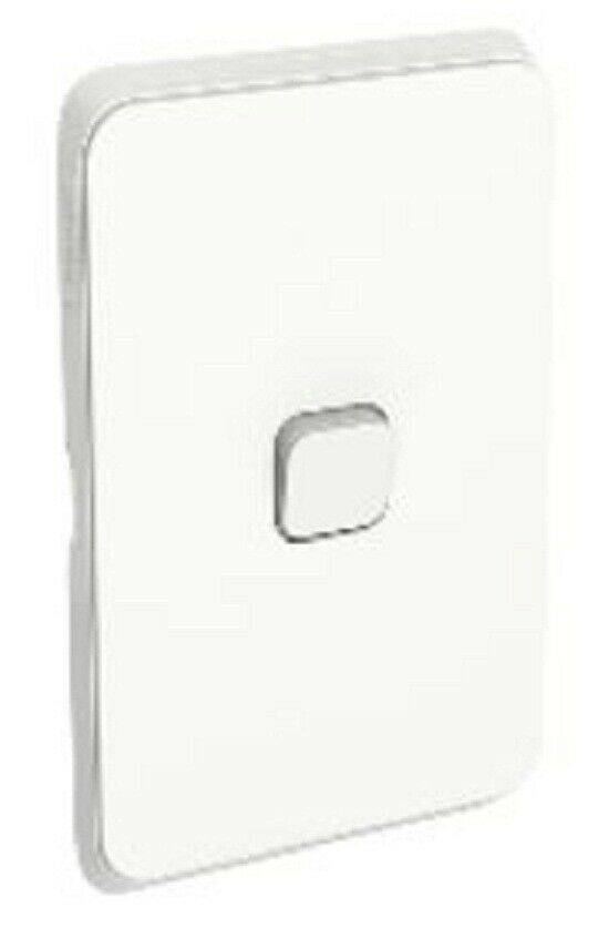 2x Clipsal ICONIC SWITCH COVER PLATES 1-Gang Horizontal greenical VIVID WHITE