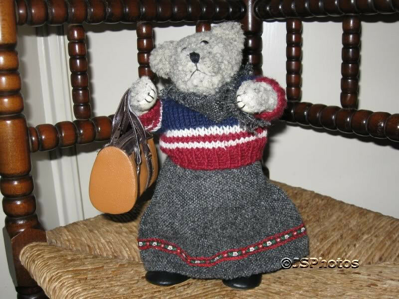 German Woolen Musical Bear Plays My Way Vintage