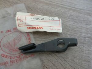 Honda-Abridor-para-Bloqueo-Banco-Cx500-Palanca-Seat-Bloquear-Original-Nuevo