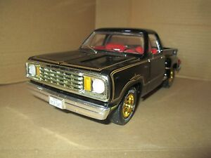 Dodge-Pick-Up-1978-Avventuriero-Warlock-Nero-Stepside-Ertl-1-18-Numero