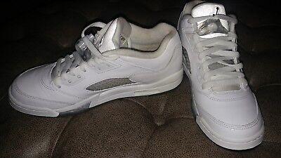 size 40 e9a68 34a16 Nike Air Jordan 5 RETRO Low GG WHITE/BLACK-WOLF GREY 819172-122 SIZE 7Y |  eBay