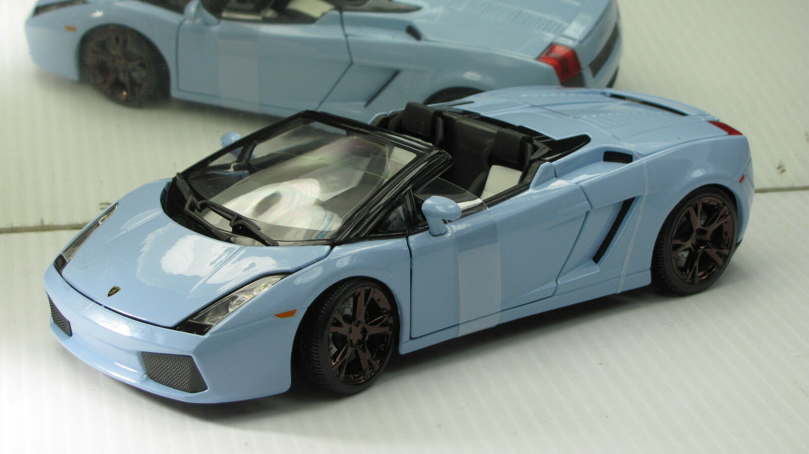 LAMBORGHINI GALARDO SPYDER blueE  NEW NEW NEW IN BOX. 164b10