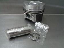 .5 New Kubota D722 Piston